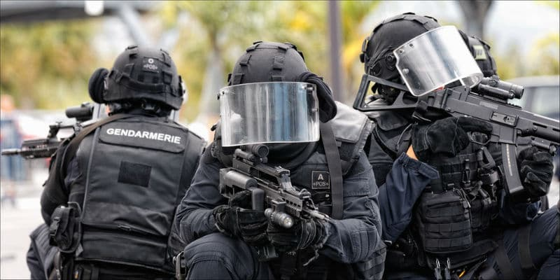 devenir gendarme du gign 2019 salaire recrutement concours. Black Bedroom Furniture Sets. Home Design Ideas